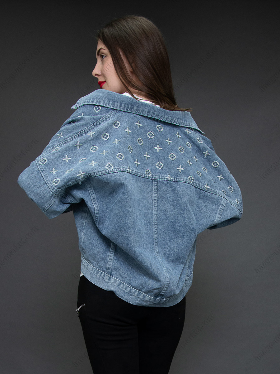 Джинсовая куртка м.2594